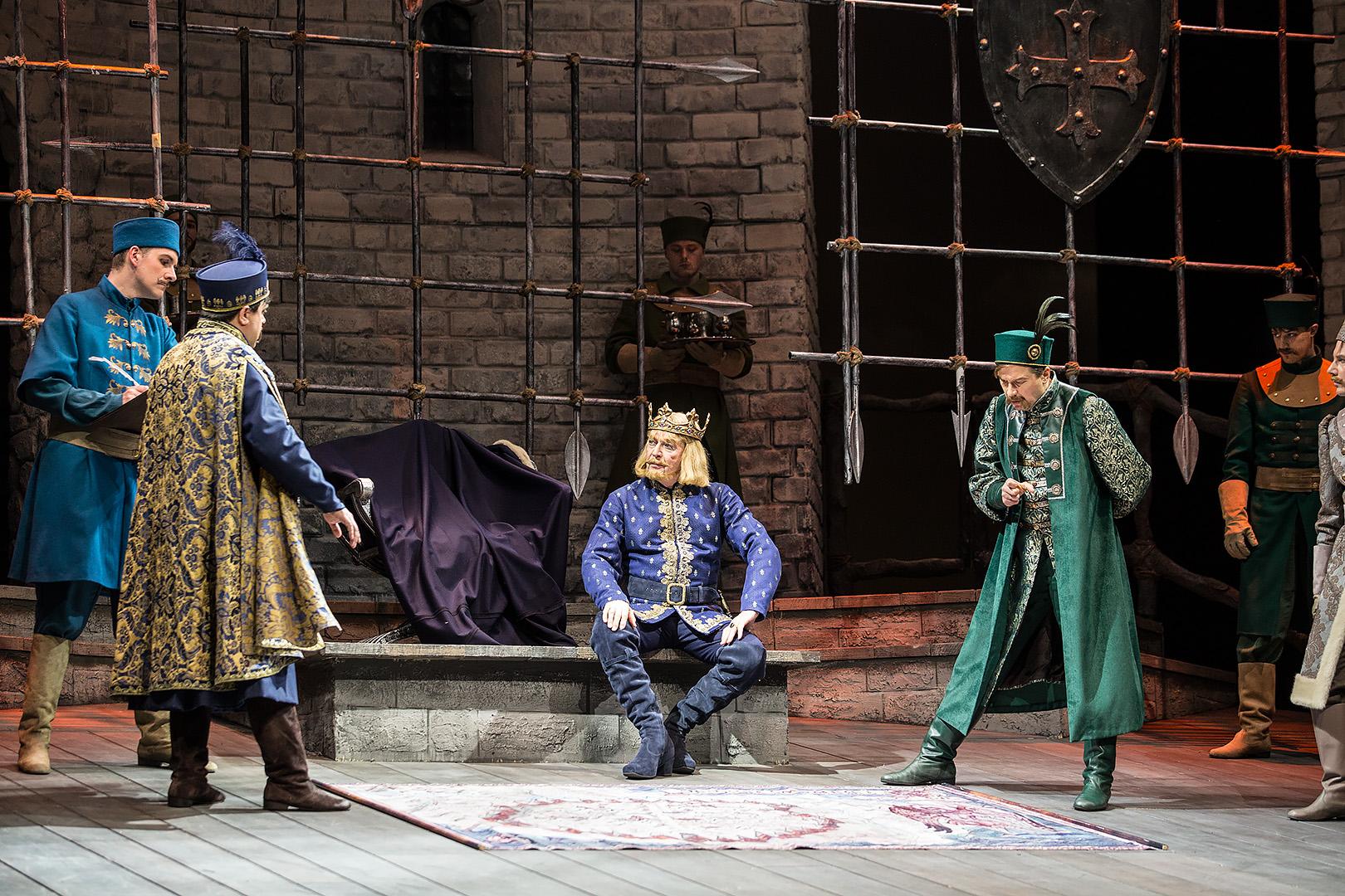 В кинозалах Ярославской области проходит мировая премьера киноверсии спектакля «Смута. 1609–1611 гг.»