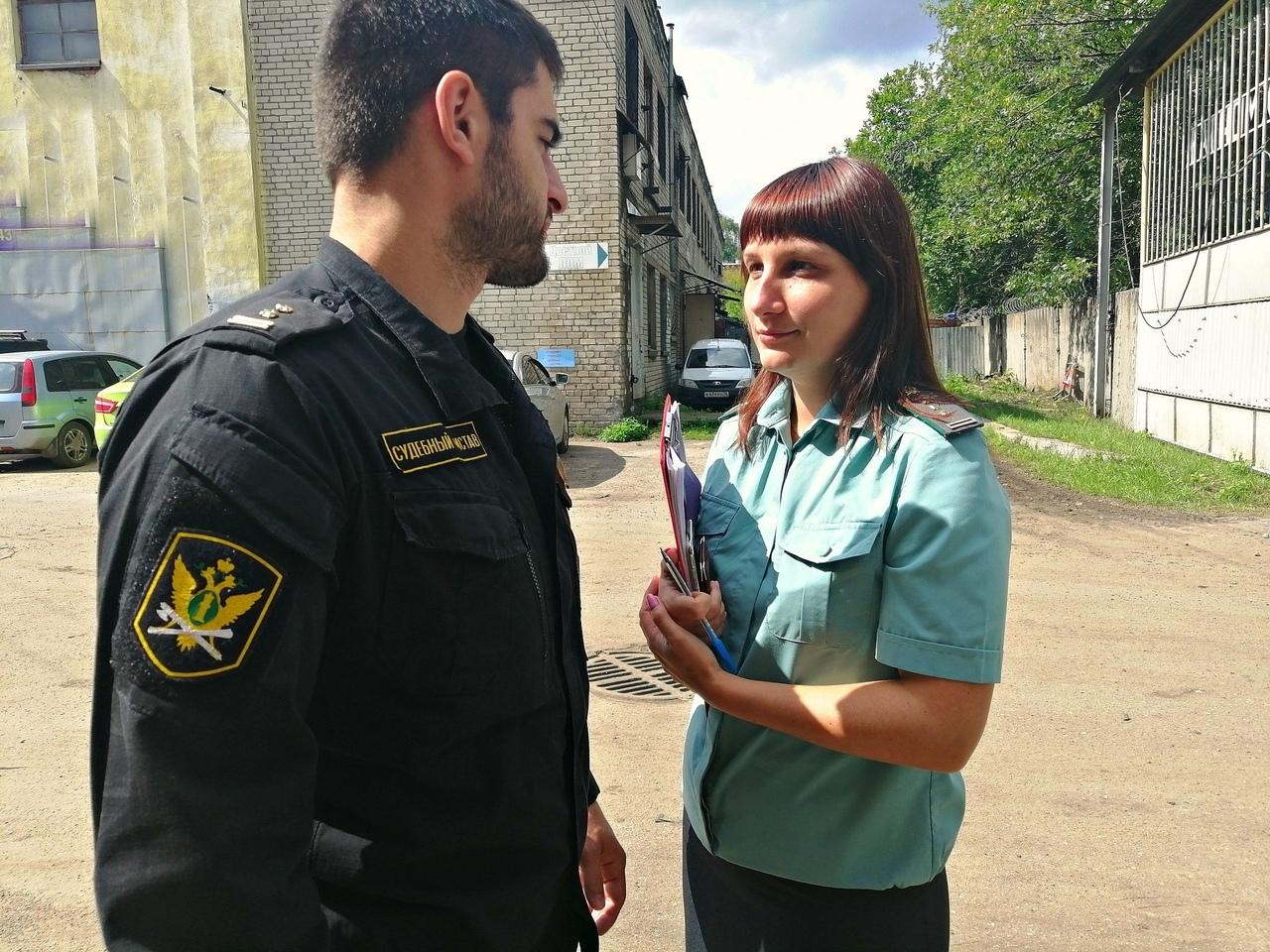 Бывший со своей новой пассией захватили дом жительницы Ярославской области