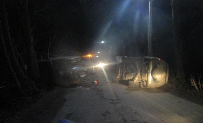 При столкновении «буханки» с иномаркой в Ярославской области пострадал водитель