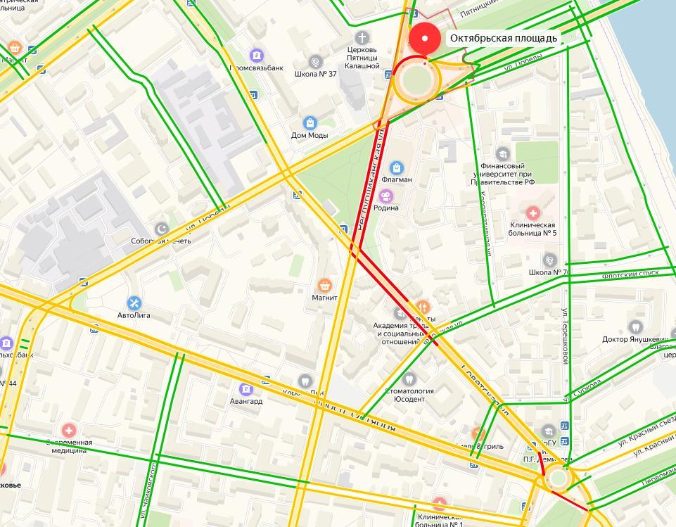 Мэр Ярославля пообещал решить проблему пробок на Октябрьской площади