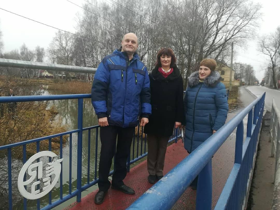 Это было опасно: власти Ярославля восстановили пешеходный мостик после жалоб в соцсетях