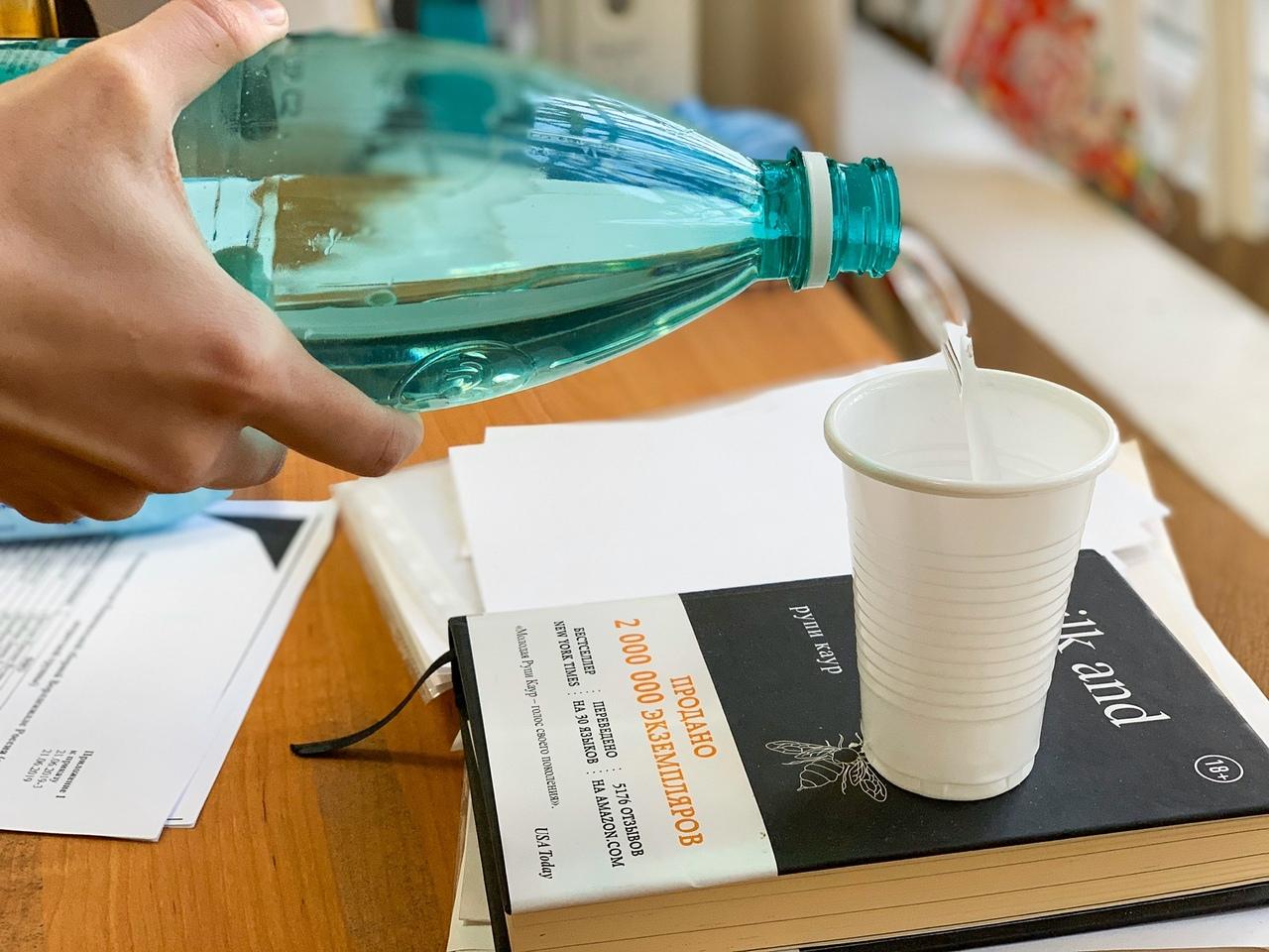 Опасный пластик: ярославцам рассказали, зачем нужны треугольники на бутылках