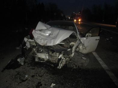 На трассе в Ярославской области произошло тройное ДТП: пять человек в больнице