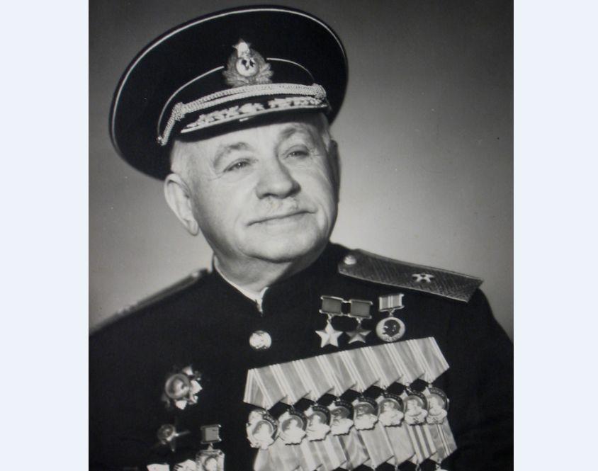 В Ярославской области празднуют 125 лет со дня рождения знаменитого «ледового адмирала» Ивана Папанина