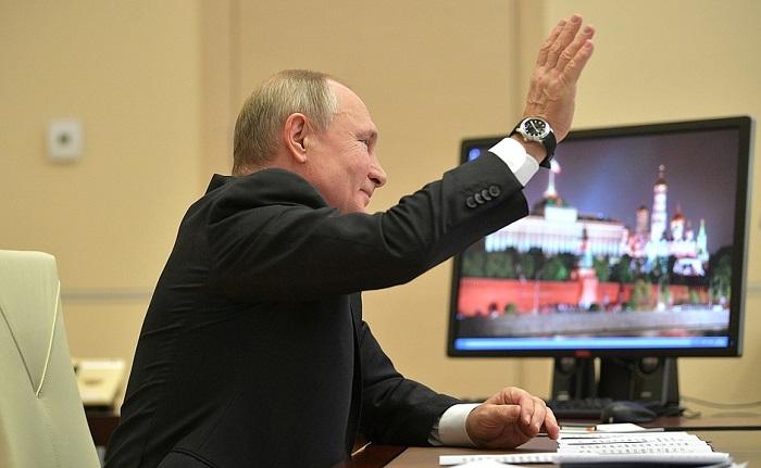 Владимир Путин ответил на вопросы участников проходящего в Ярославле форума «ПроеКТОриЯ»
