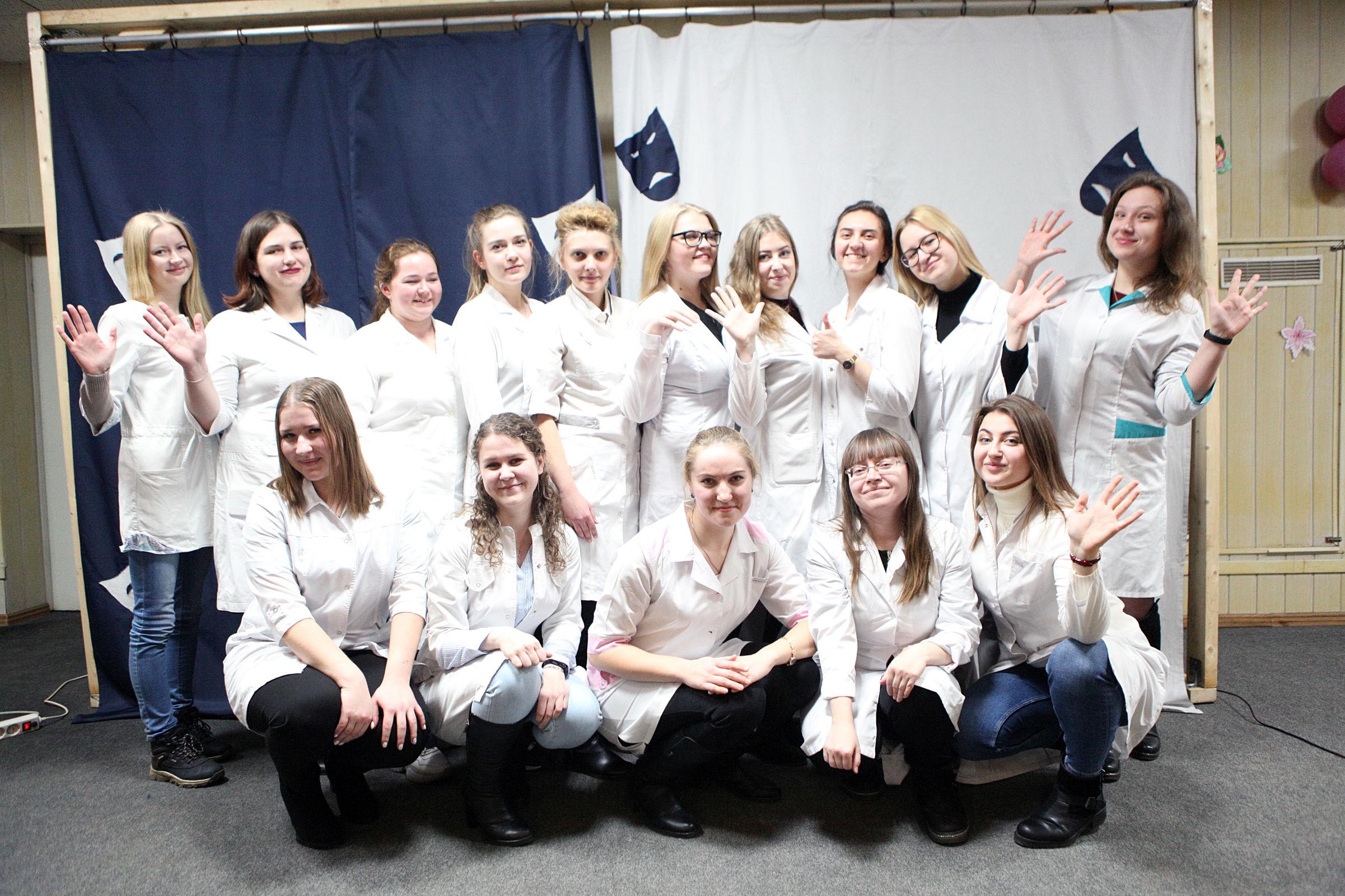 Более 20 молодых специалистов пришли работать на станцию скорой помощи в Ярославле