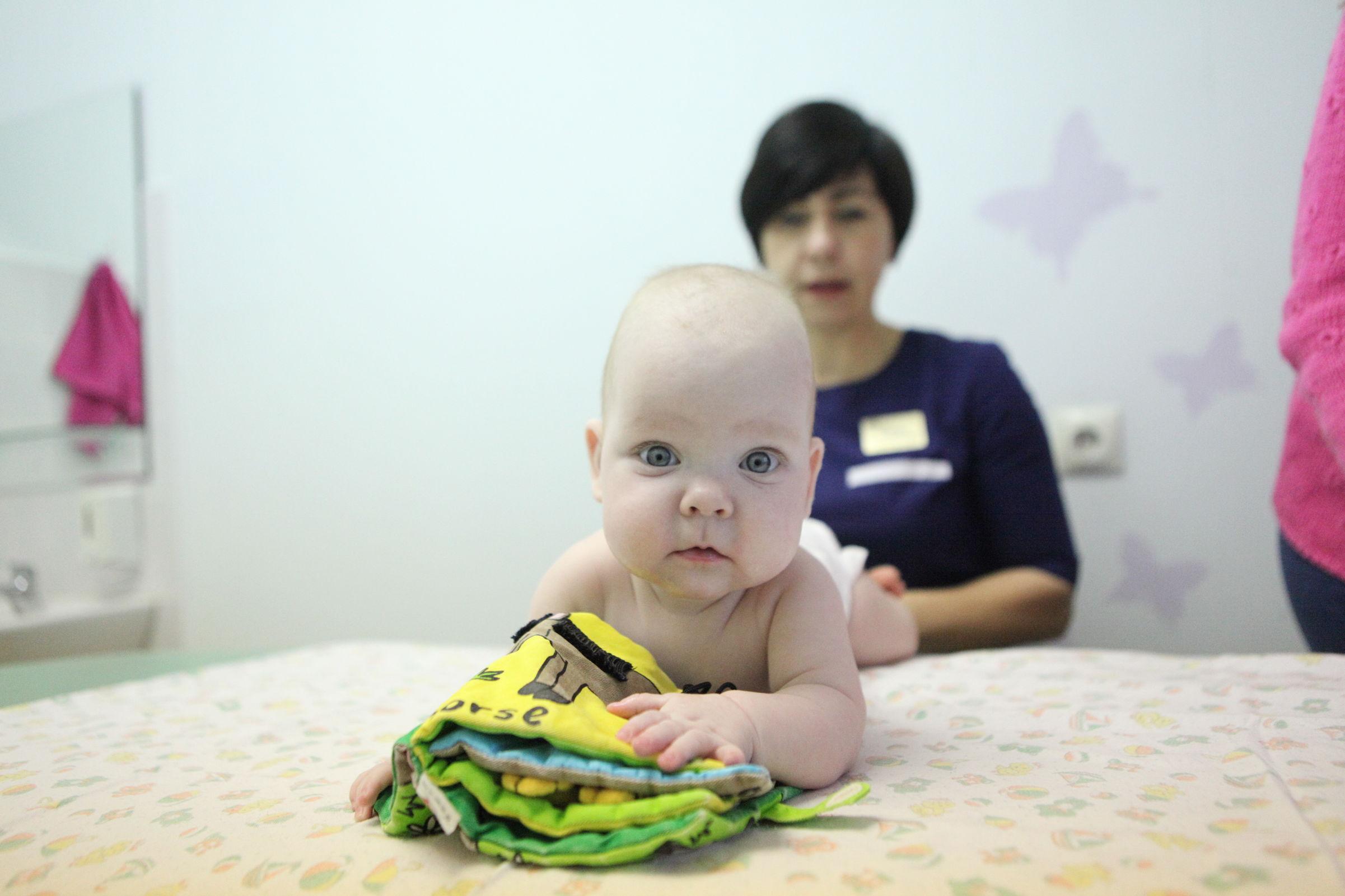 «Дети-экстремалы» рождаются в Ярославской области: сколько весил самый маленький новорожденный