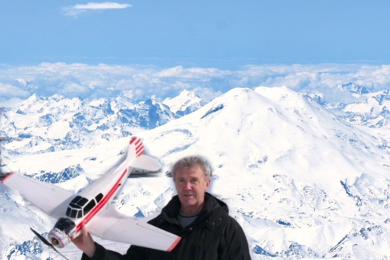 Ярославский командир «Боинга» снимает головокружительные фото из кабины самолета: кадры