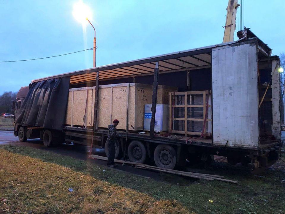 В Ярославской областной детской больнице разобрали стену: причина