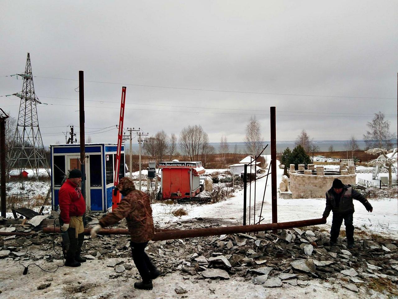 Ярославна незаконно открыла свое кафе на территории «Плещеева озера»
