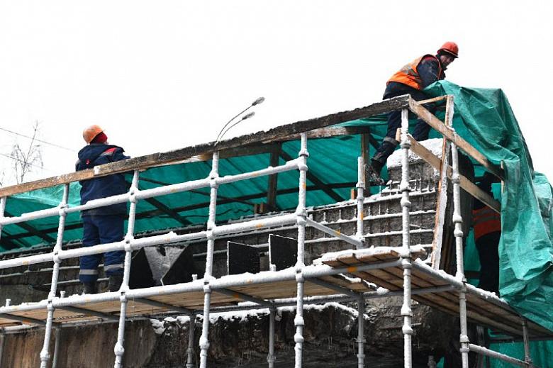 В Ярославле проверили ход работ на Добрынинском мосту: выводы комиссии
