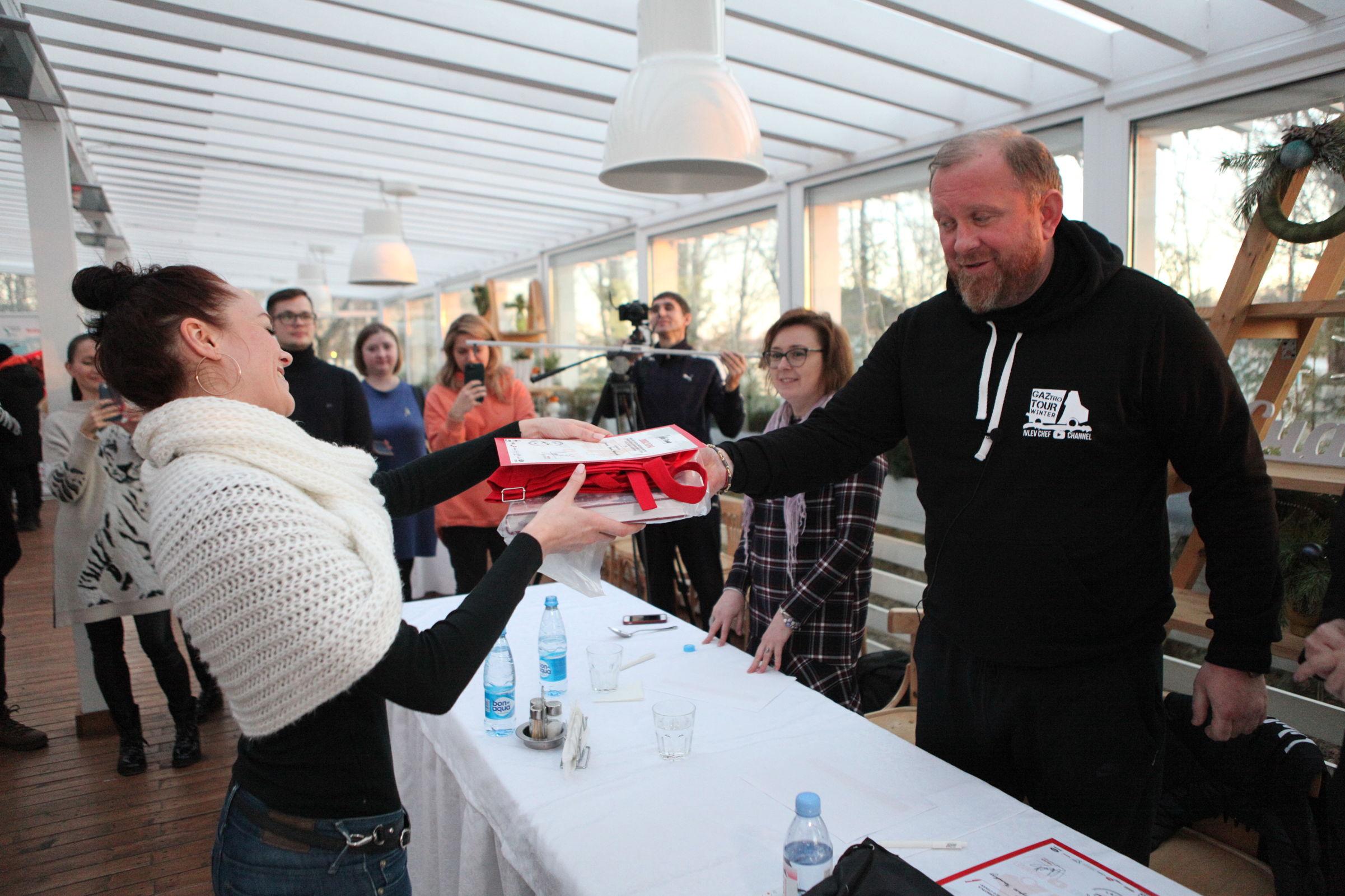 Ивлев в Ярославле: самое важное в Новый год для россиян – оливье, селедка под шубой и Путин