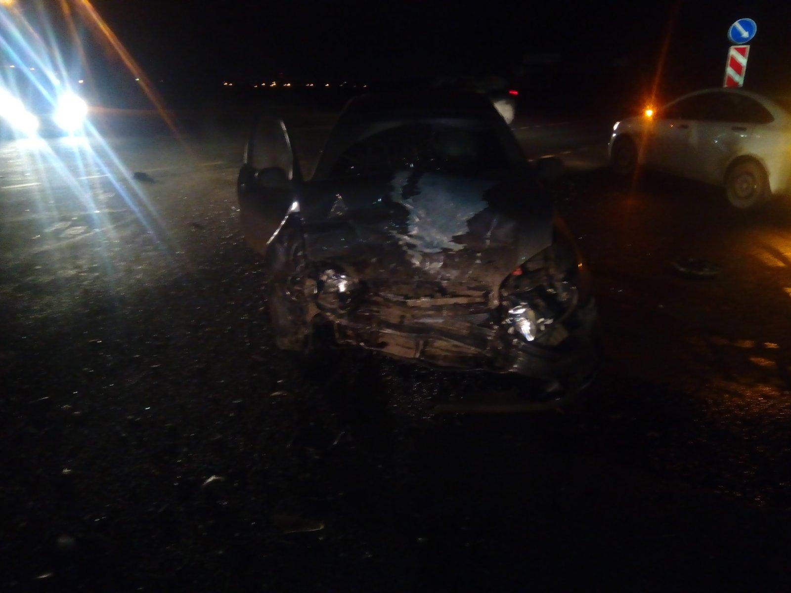 В Ярославской области при столкновении иномарок пострадали оба водителя
