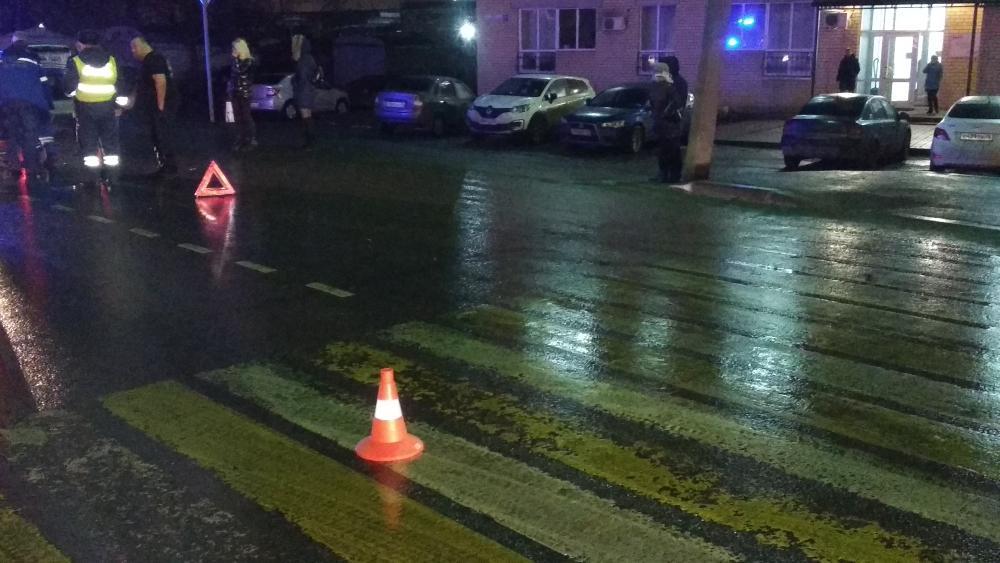 В Ярославле водитель иномарки на пешеходном переходе сбил мужчину