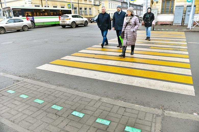 В Ярославле светодиодную плитку положат еще на 11 пешеходных переходах: адреса