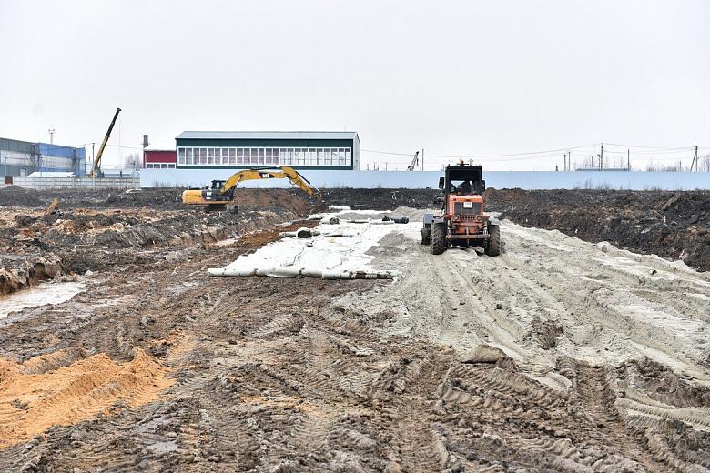 На Осташинском кладбище в Ярославле строят новую дорогу