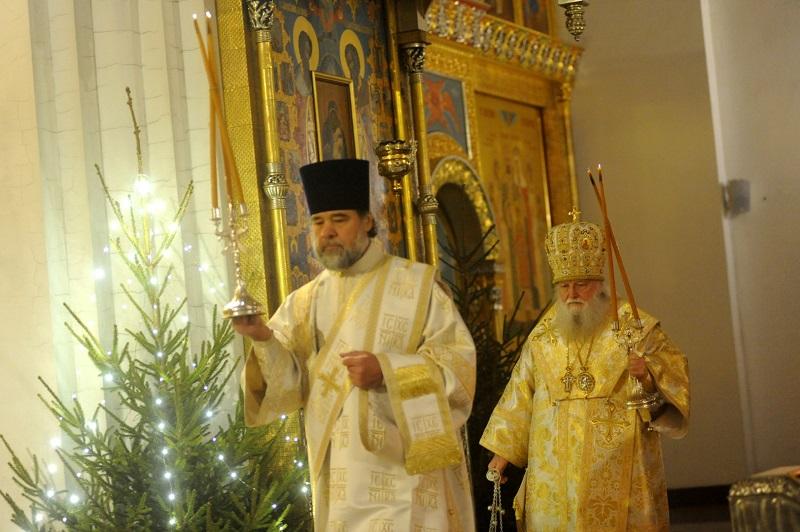 Рождественские богослужения прошли в храмах Ярославской области