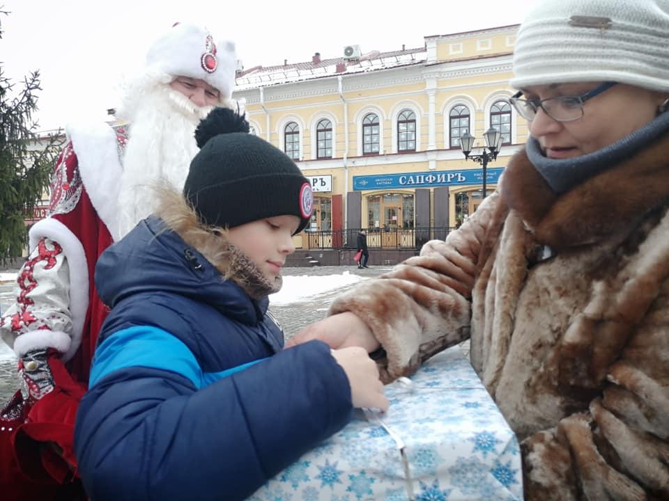 Дмитрий Миронов пообещал – Дед Мороз сделал: в Рыбинске исполнили детские мечты