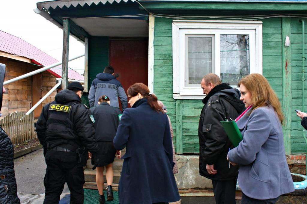 В Ярославской области семейная пара лишилась дома и участка из-за долга в 2,5 миллиона рублей