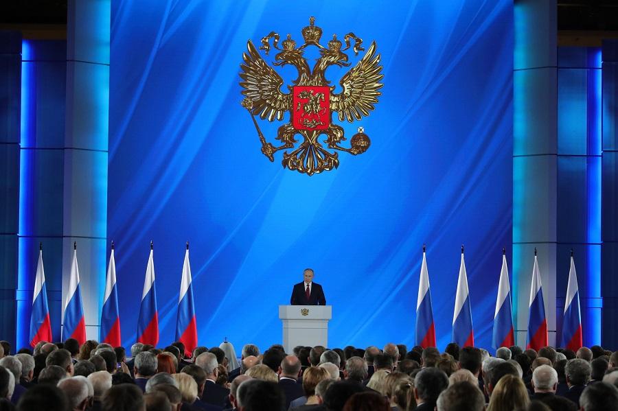 Дмитрий Миронов: меры поддержки семей, предложенные президентом, станут реальным механизмом увеличения рождаемости