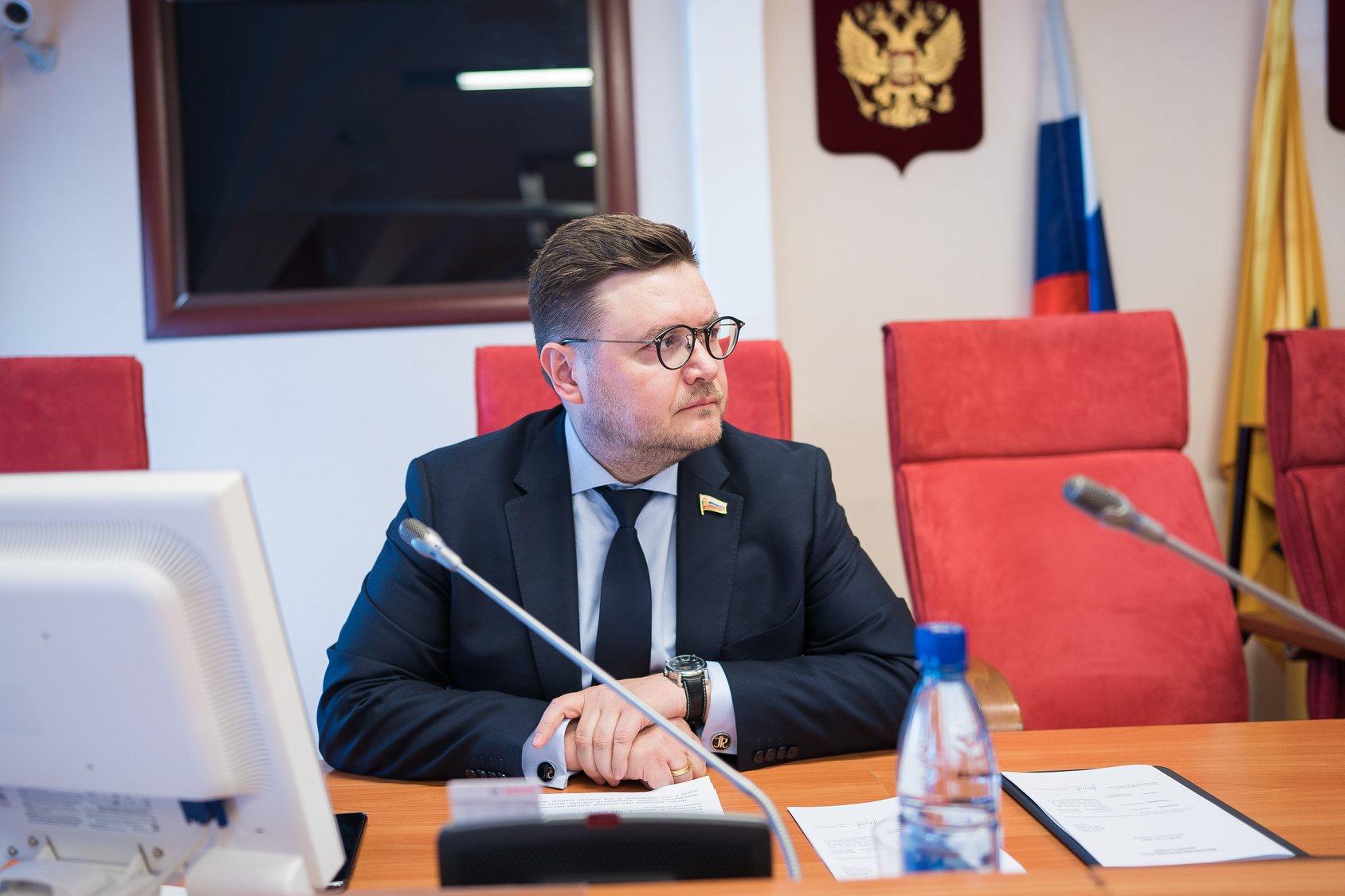 Роман Фомичев: президент озвучил важные предложения по стимулированию инвестиционной деятельности