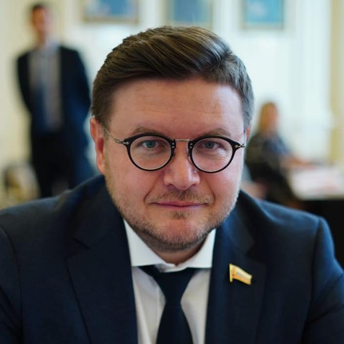 Роман Фомичев: переход к раздельному сбору мусора станет первым этапом в реализации новой стратегии обращения с отходами