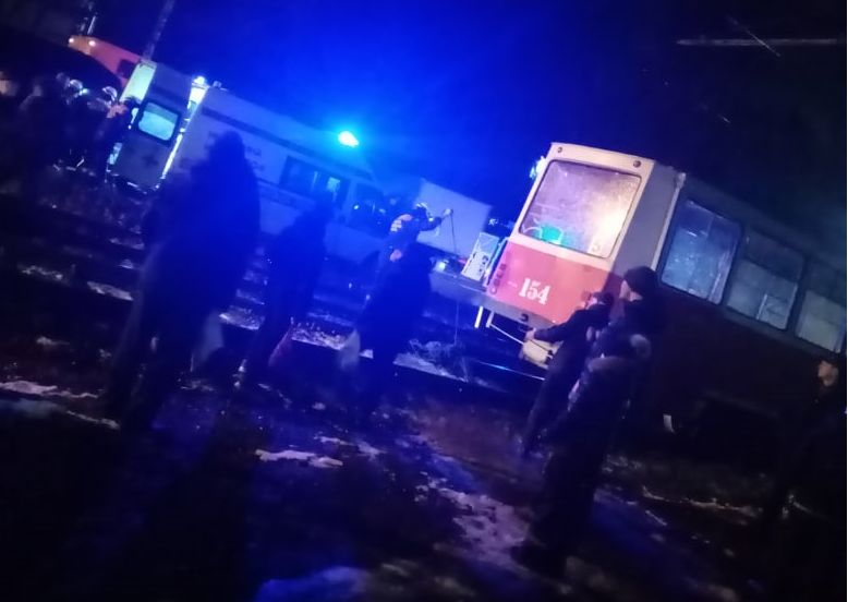 В Дзержинском районе Ярославля трамвай наехал на пешехода