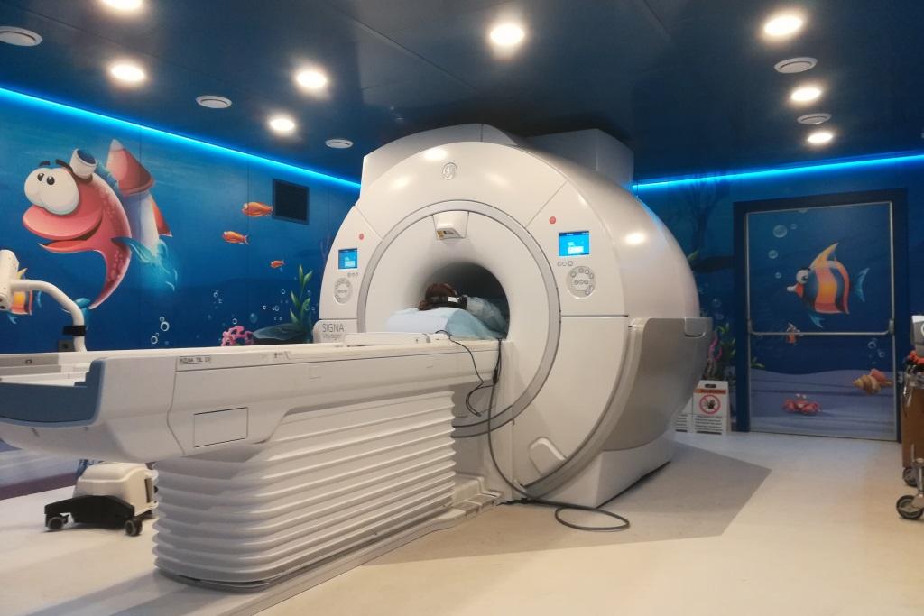 В Ярославской областной детской клинической больнице начал работать новый высокоточный томограф