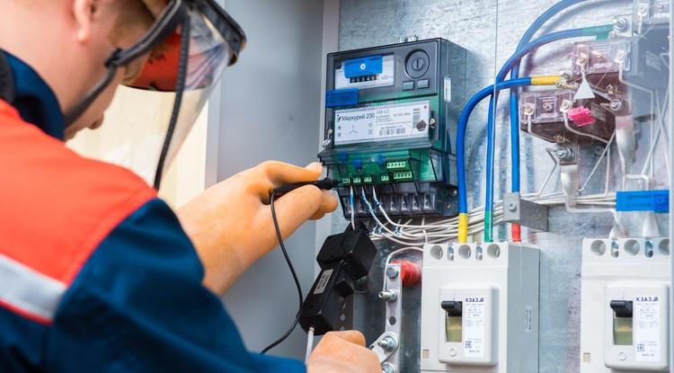 Ярославские энергетики пресекли 658 фактов незаконного потребления электроэнергии в регионе