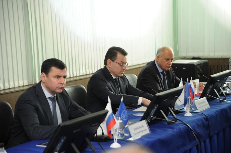 Дмитрий Миронов: информирование общества во время происшествий должно быть максимально достоверным и объективным