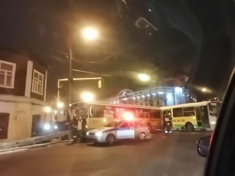 Количество пострадавших в ДТП на Московском проспекте в Ярославле выросло до 11 человек