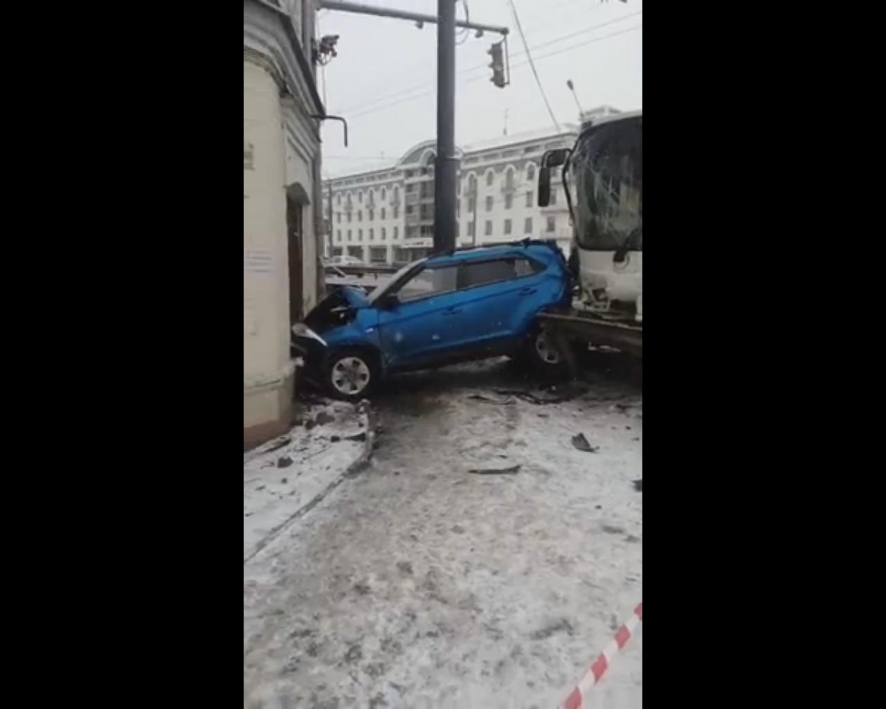 Решается вопрос о возбуждении уголовного дела по факту смертельного ДТП на Московском проспекте