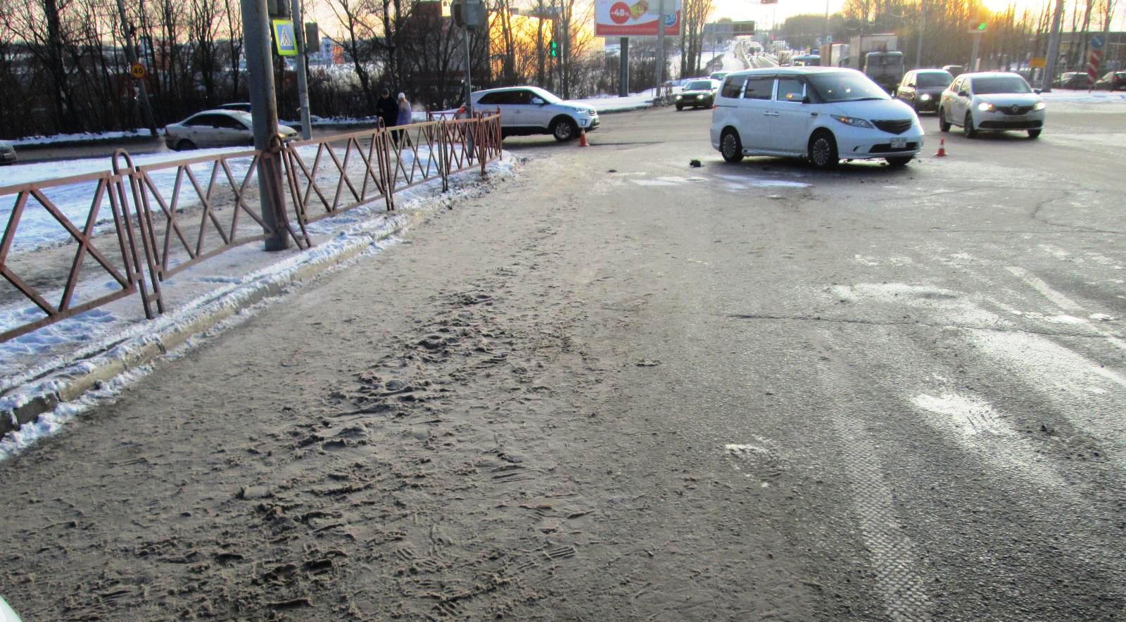 В Ярославле насмерть сбили женщину: ее личность устанавливают