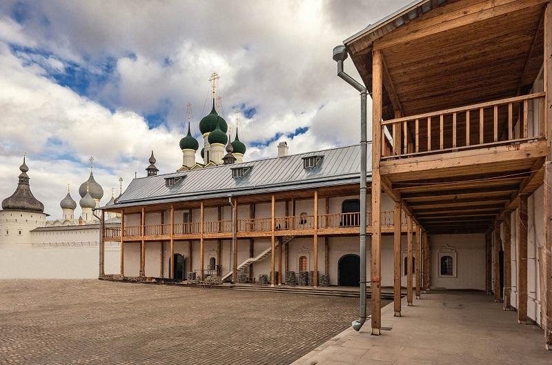 Завершилась масштабная реставрация Конюшенного двора в Ростове