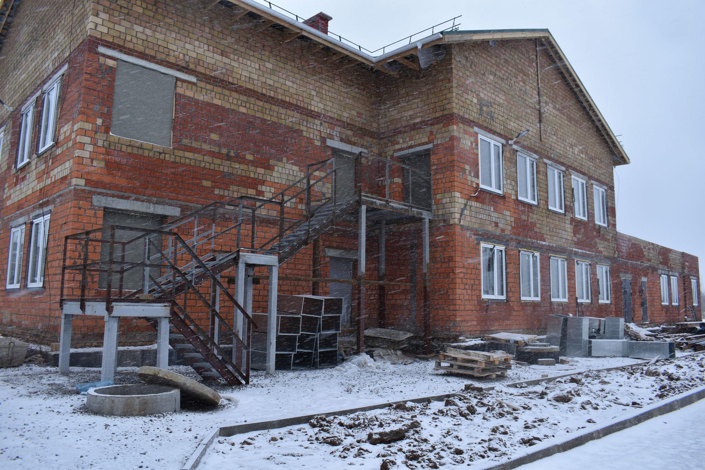 Власти рассказали, как идет строительство детского сада в Пошехонье