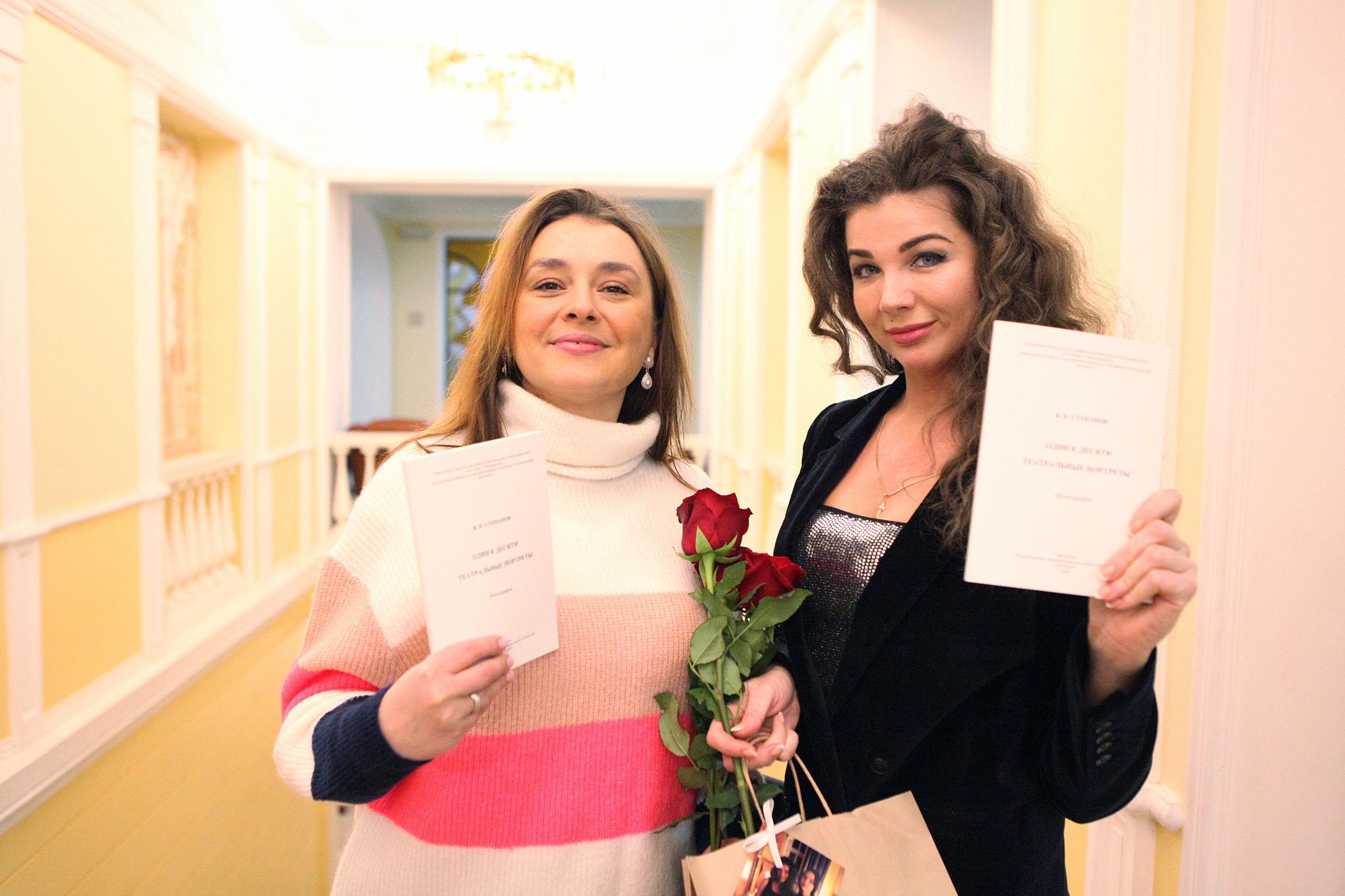 Театральные портреты. Какими яркими событиями отмечено начало года в жизни Волковского театра