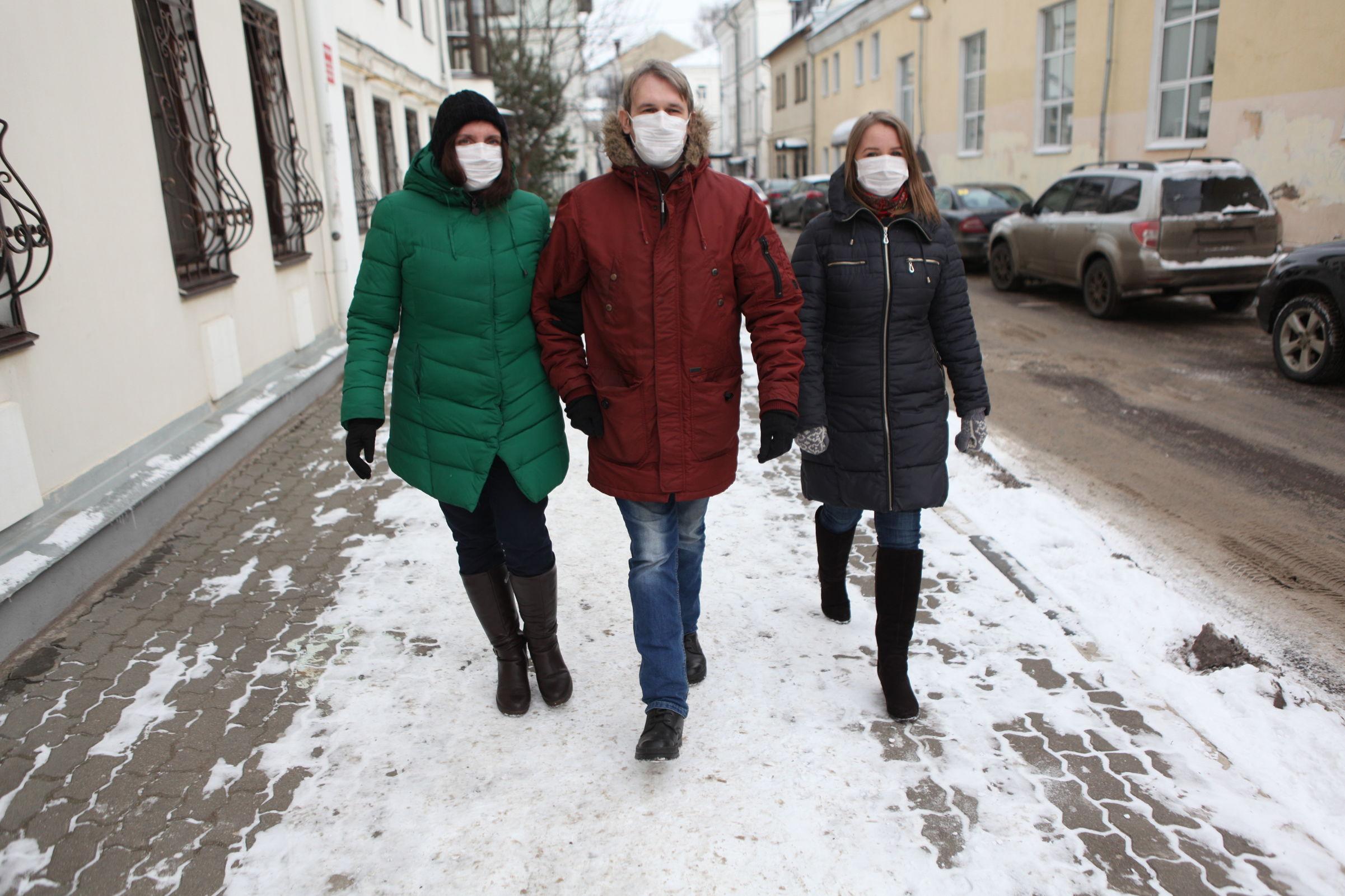 Новый контактный вирус взволновал россиян. Доктор медицинских наук рассказал, стоит ли паниковать ярославцам