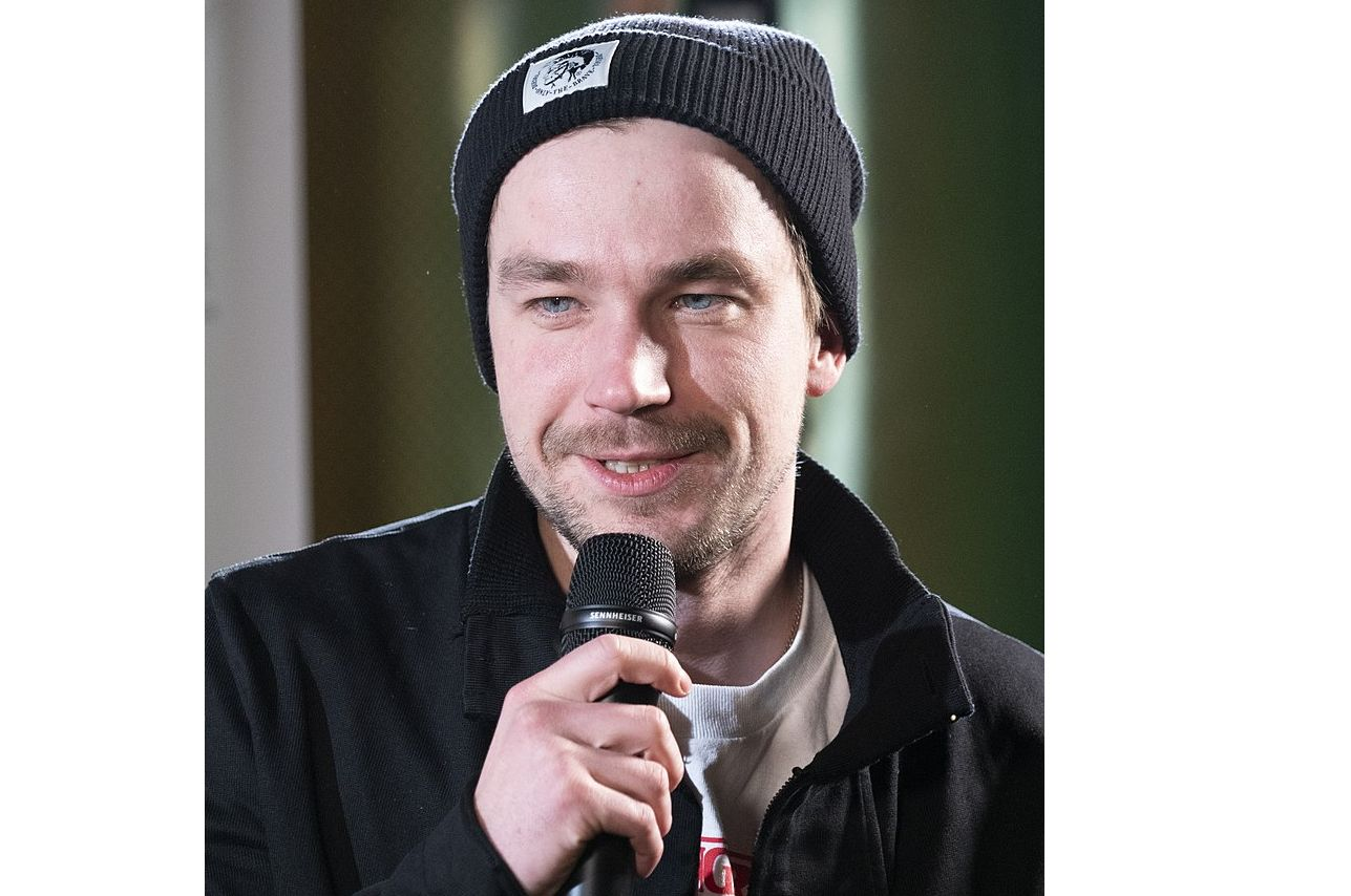 Ярославский актер занял второе место по привлекательности после Путина