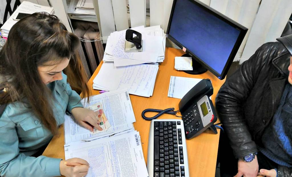 У ярославца арестовали две квартиры и участок за долги по алиментам