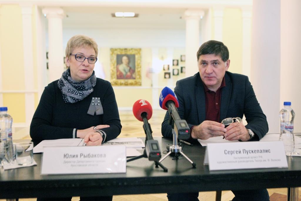 Актеры Волковского на масленичной неделе проведут экскурсии по театру