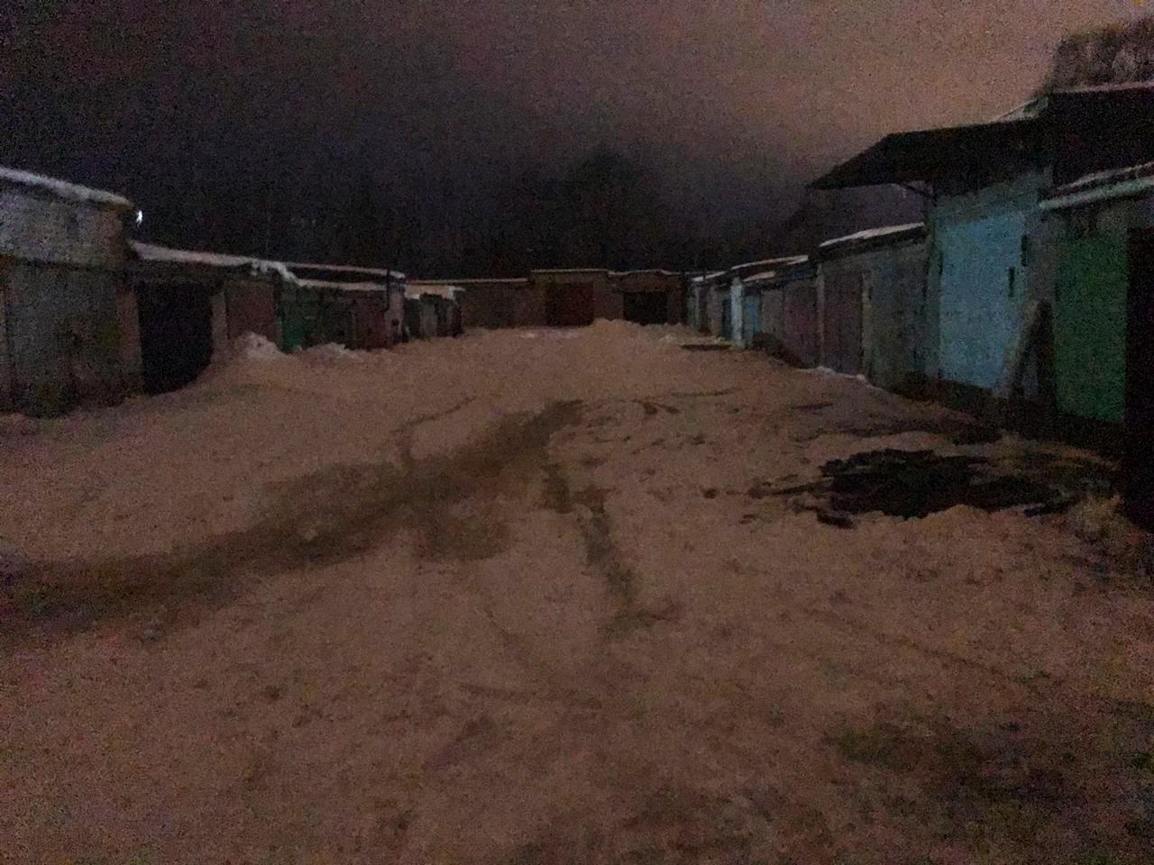 В Ярославле в ночном пожаре в гараже погиб мужчина