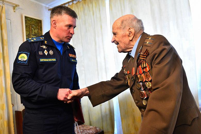 В Ярославле 100-летний юбилей отметил испытатель двигателей для бомбардировщиков
