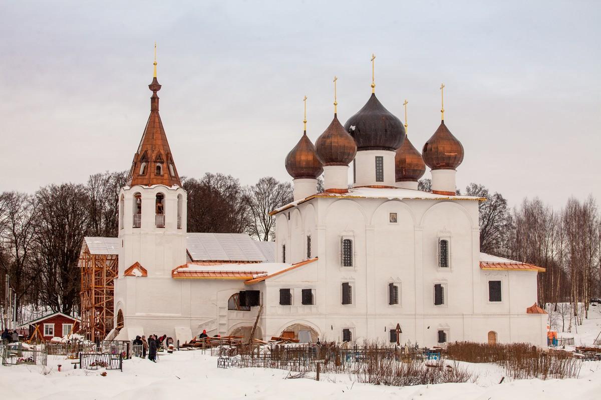 Хроники ренессанса: как в Ярославской области возрождают храм на родине адмирала Ушакова