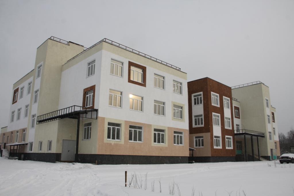 Ярославские энергетики подключили к электросетям новый детский сад