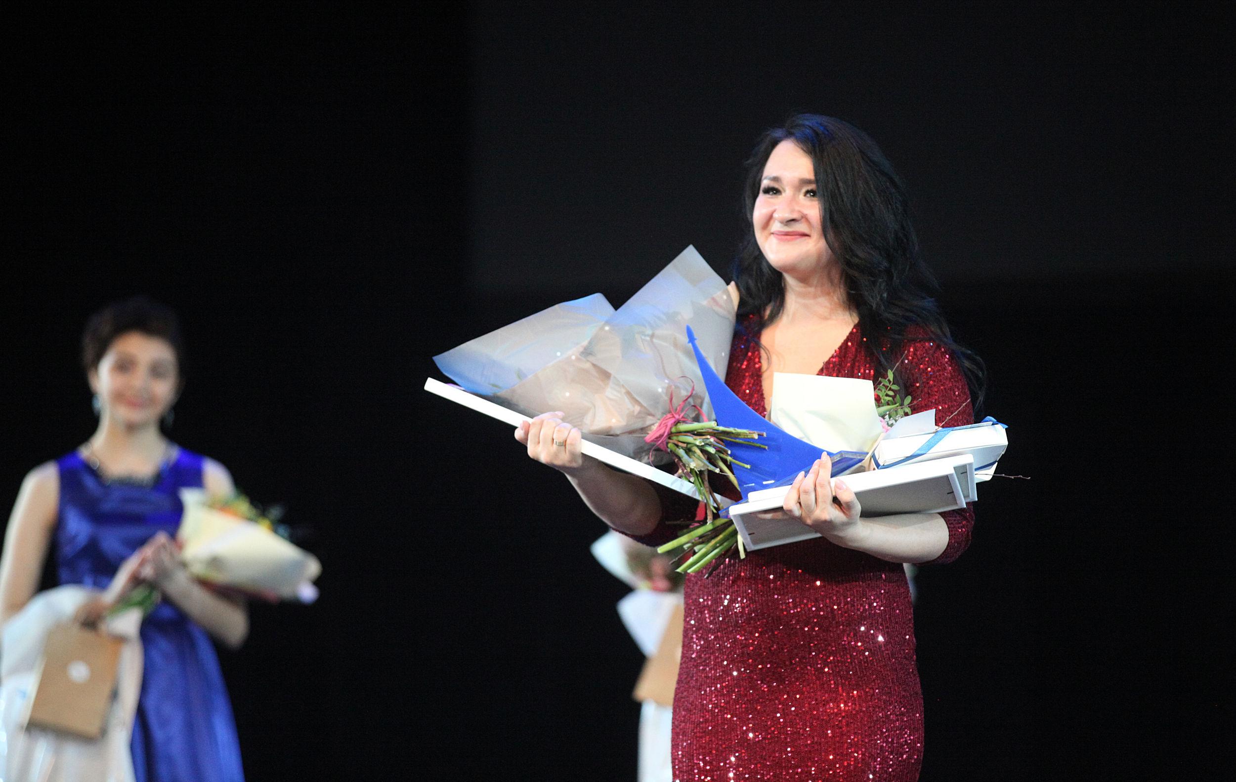Девушки из десяти регионов боролись в Ярославле за победу в конкурсе «Чайка-2020»: фоторепортаж