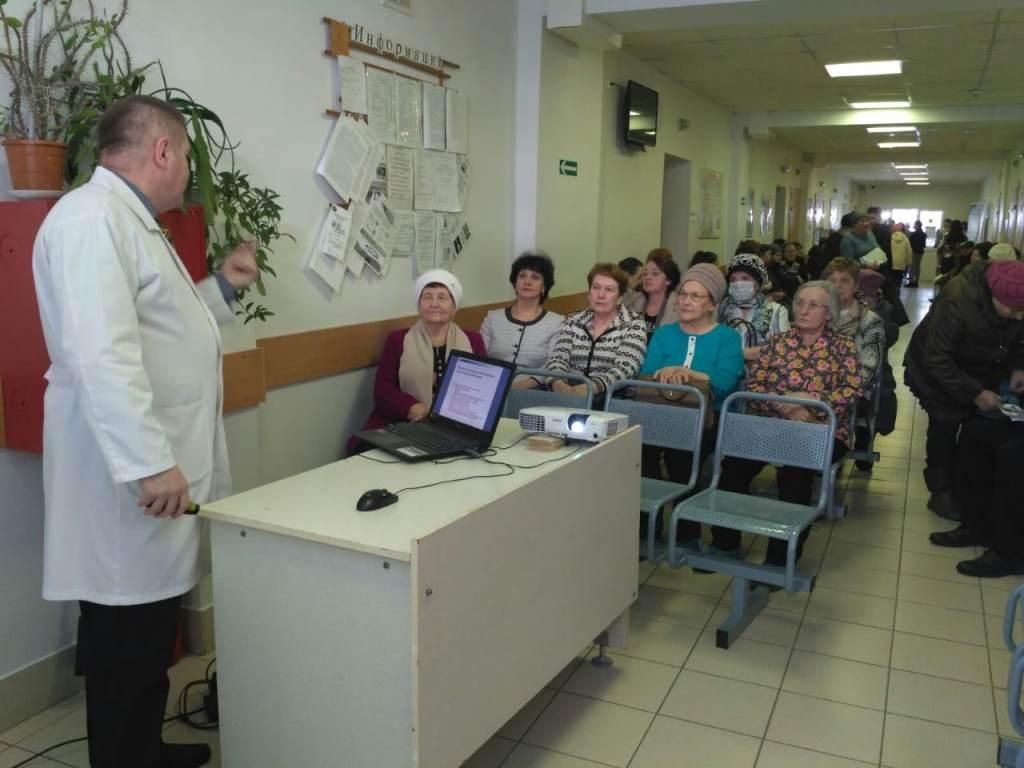 Специалисты областной онкологической больницы обследовали жителей Любимского района