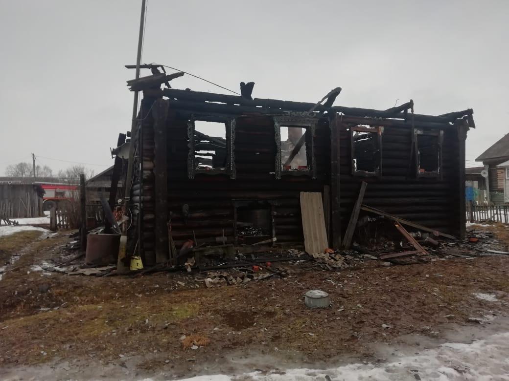 В Ярославской области на пожаре погиб 91-летний мужчина