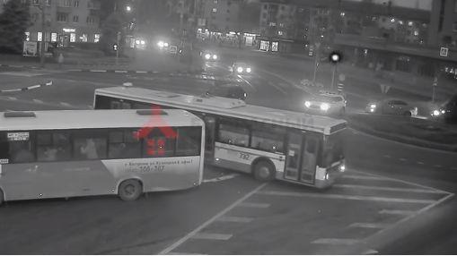 В Ярославле в авариях с участием автобусов в этом году пострадали 57 человек