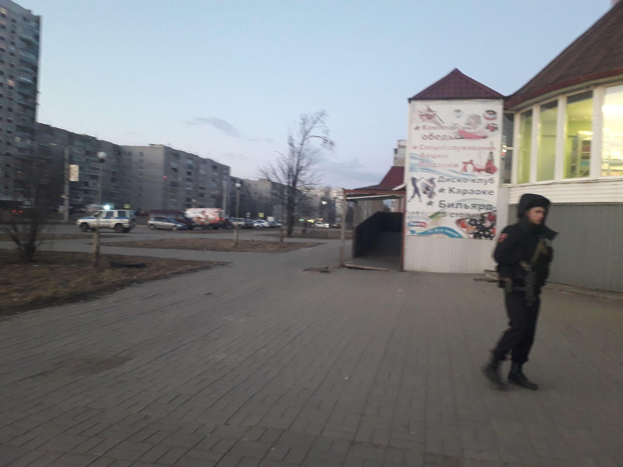 У торгового центра в Ярославле нашли «гранату»
