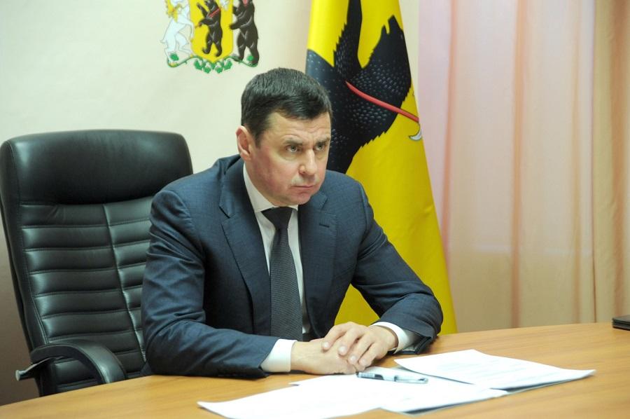 Дмитрий Миронов призвал жителей области по возможности больше времени проводить дома